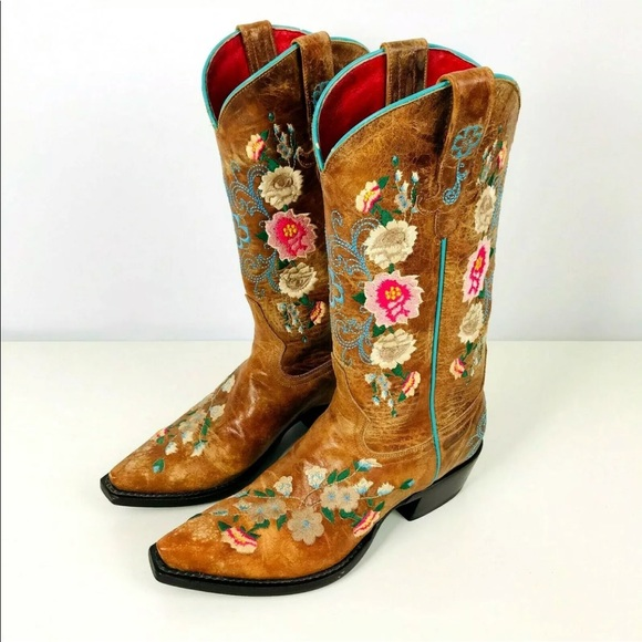 1a6ea3d8579 Macie Bean Boho Floral Embroidered Cowgirl Boots
